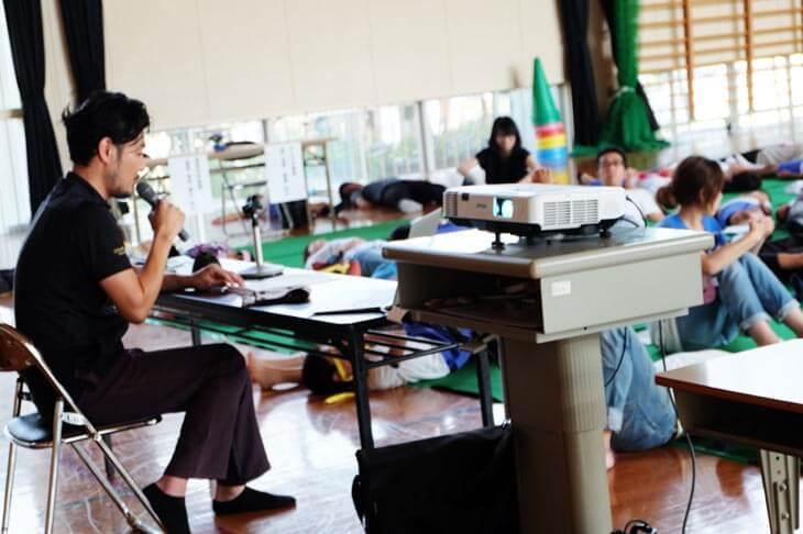 下高瀬学校でのセルフケア「ふれあいストレッチ体操教室」