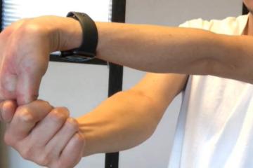 《方形回内筋ストレッチ方法》硬い手首の回内運動を円滑にして腕を軽くする
