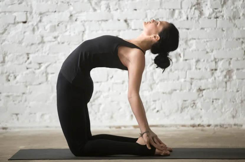 胸と肩のインナーマッスルを柔軟にする