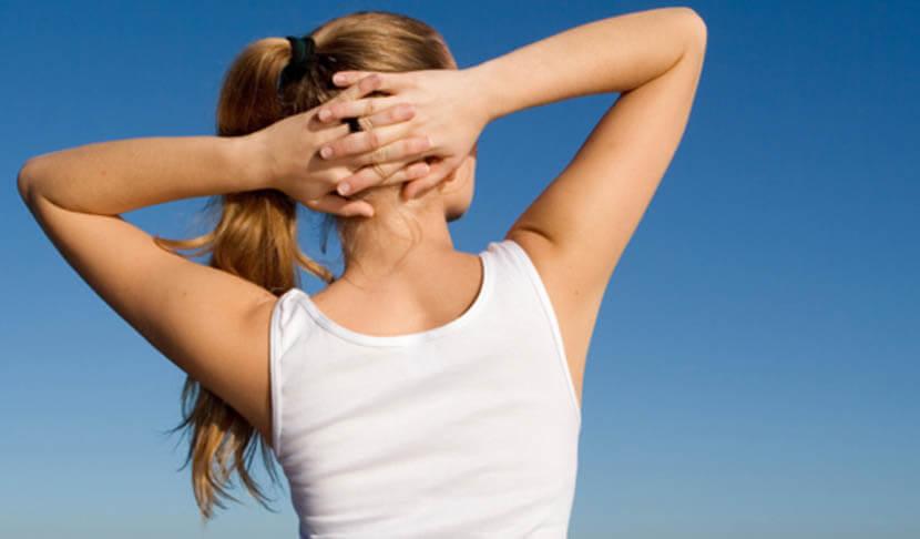 肩回りの筋肉の血行が促進され楽になる