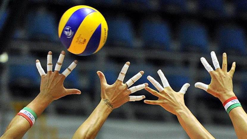 バレーボールで指や手首をケガする前のケア