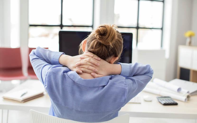 デスクワークの肩の疲労解消