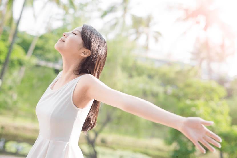肋骨の動きをサポートして呼吸が楽になる