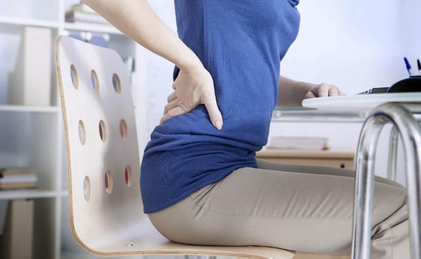 運動不足で骨盤周辺の筋肉が硬く固まる
