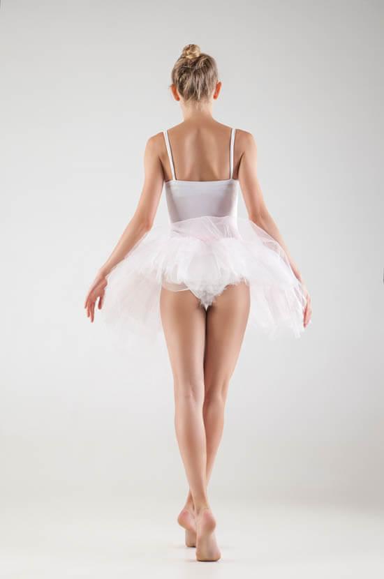 バレエダンサーのお尻と太ももが細い