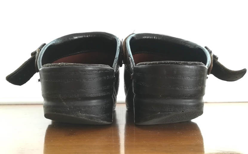 外側重心の靴の擦り減り方